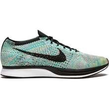 6c768dcd949 Nike Flyknit Low Cut Sneakers