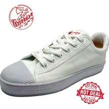 Warrior Wb8 Kasut Sepak Takraw Putih / White Shoes Original