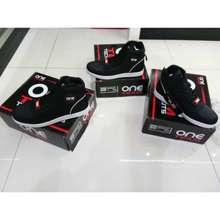TDR Big Sale Sepatu One Team