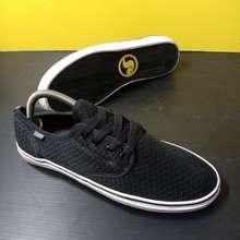 DVS Sepatu Shoe (43)