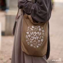 Hijab Alila Sling Bag Alila