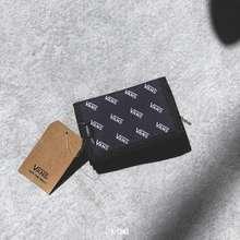 Vans [Mã Fagreen1505 Giảm 10% Tối Đa 30K Đơn Từ 99K] Slipped Printed Logo Wallet | Ví Gấp