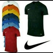 Nike Atasan Pria T Shirt Kaos Oblong Simple M L Xl Xxl Keren Murah