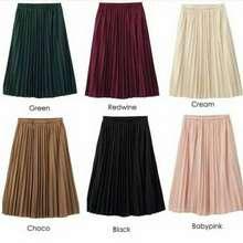 Uniqlo Gu Flare Skirt
