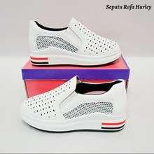 Rafa Zenith Sepatu Slip Fashion Wanita