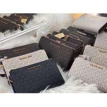 Michael Kors Double Zip Wrislet Phone Plus Wallet