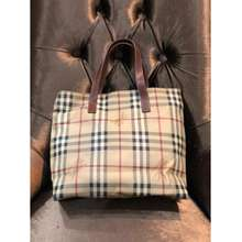 Burberry Tote London 700