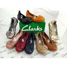 c7e43102 Wedges Clarks Wanita Terbaru | Harga Jual Online