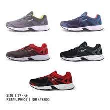 Legas Sepatu Running   Iron La M