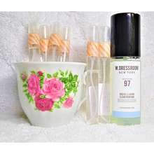 W.Dressroom Trial/Repack/Decants/Sample (+-10Ml/G) – New York – Dress & Living Clear Perfume – No. 97 April Cotton